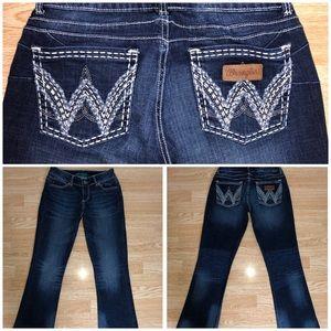 e9859c8bee5 Women s White Bootcut Jeans For Juniors on Poshmark